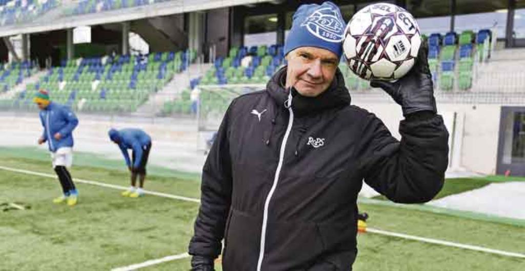 Rovaniemen Palloseuran päävalmentaja Juha Malinen