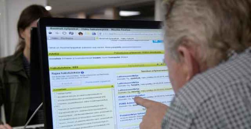 Työpaikkailmoituksia voi selata netissä.