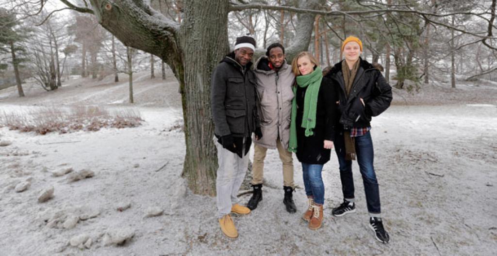 Es-ow and The Ridial Bandin jäseniä: Macoumba, Es-ow, Eleonora Lundell ja Toni Taskinen.