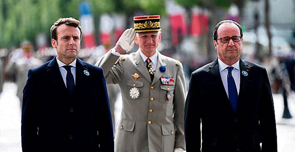 Vasemmalla Emmanuel Macron ja oikealla François Hollande.