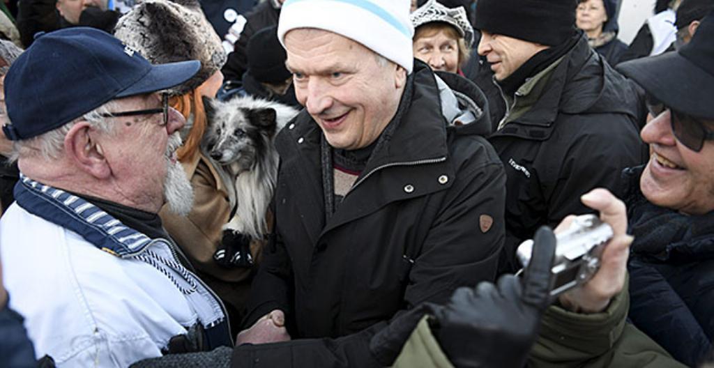 Presidentti Sauli Niinistö tapasi kannattajiaan.