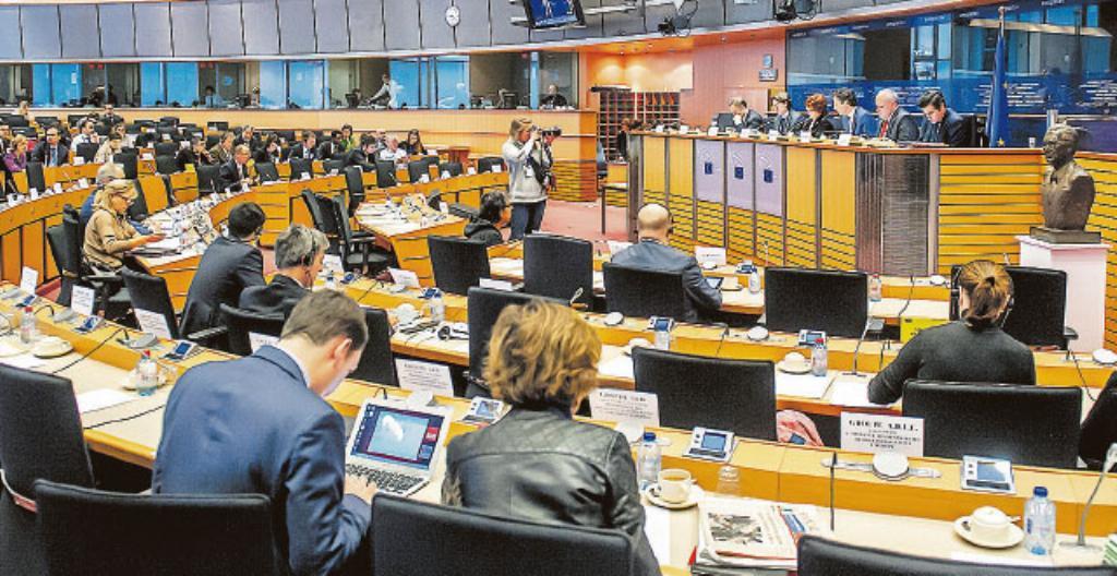 Euroopan parlamentin istuntosali Brysselissä, Belgiassa.