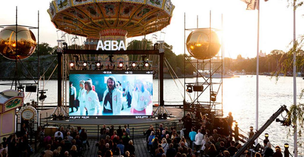 Abba esiintyy videolla Gröna Lundin huvipuistossa Tukholmassa.